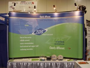Tabletop Displays TDS Metrocom 300x225